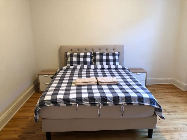 Deluxe room close to Columbia University, UWS