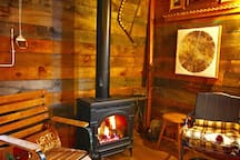 The cabin has an easy to use gas fireplace. No wood or maintenance required- just turn a switch for instant coziness.