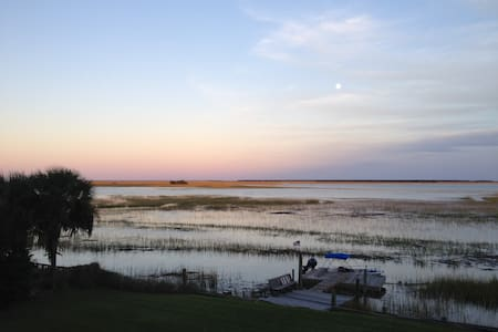 Close to Charleston and beaches. Water views. - Mount Pleasant - Hus