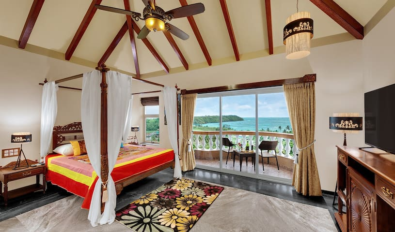 Luxury Ocean view Goan suite at Dona Paula