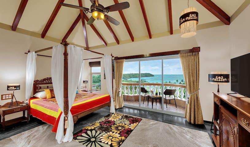 Luxury Ocean view Goan suite at Dona Paula - Casa de campo