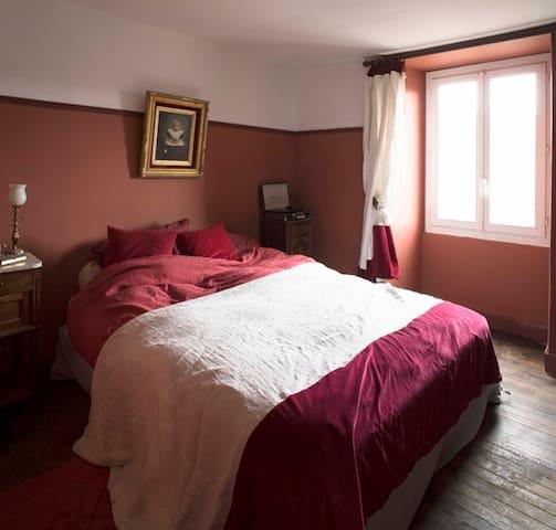 Maison Salvadore: Hôtel de charme (L'appart rouge)