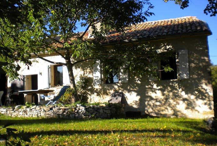 LA CACHETTE - GITE im DIOIS/DROME PROVENCALE - Saint-Dizier-en-Diois - Casa