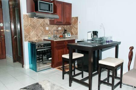 Cozy Ocho Rios Apartment w/ Beach - Ocho Rios - Apartment