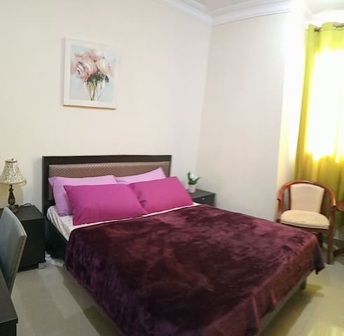 Private Cozy Room in Doha Jadeed