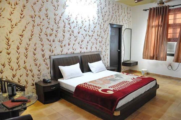 Mukut Mahal Banquette Private Limited Deluxe Room