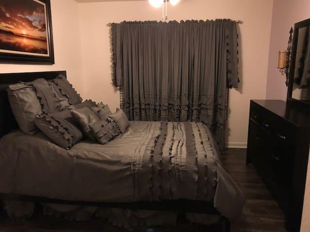 Nice quiet modern condo - Ocala - Apto. en complejo residencial