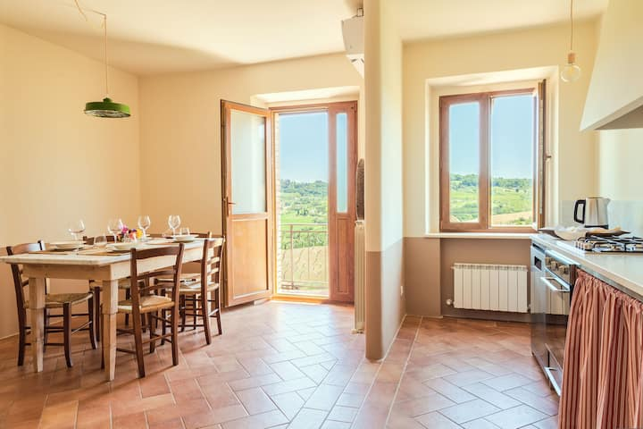 Appartamento  nel verde della campagna Toscana