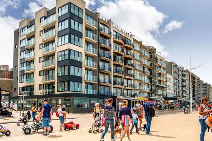 Modern Apartment in Koksijde near Seabeach
