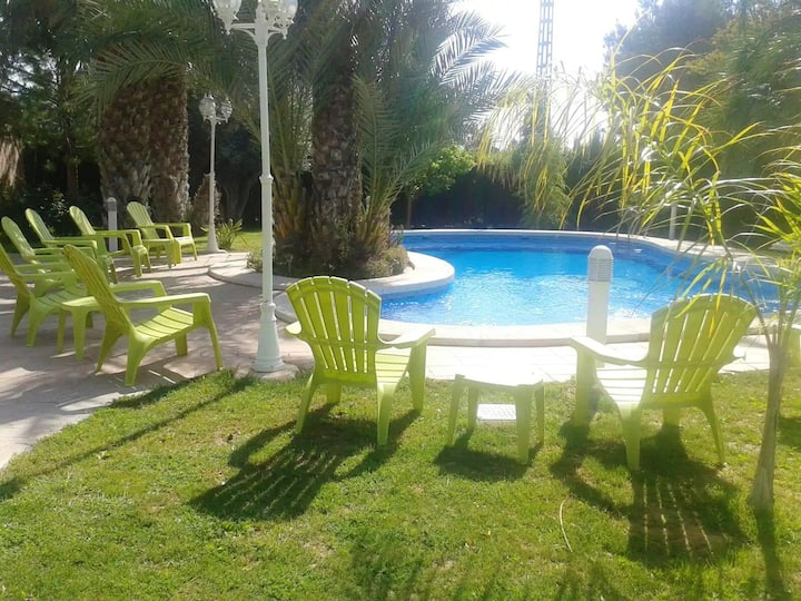 Property with 2 bedrooms in Elche, with shared pool, furnished terrace and WiFi