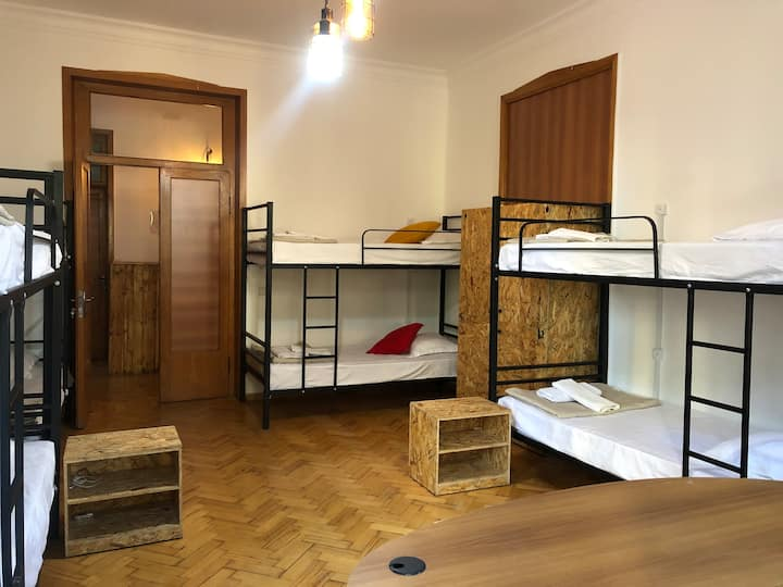 1 bed in the dormitory room in Vake