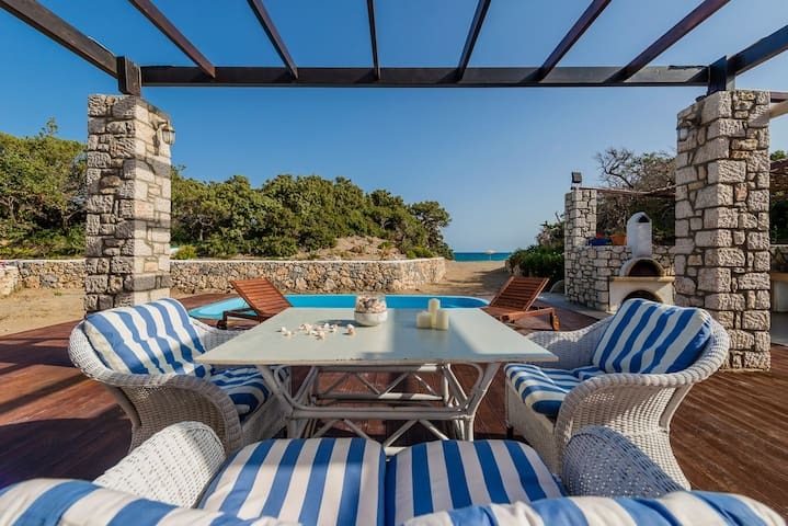 Situated in the scenic south Rhodes - Plimmiri - Вилла