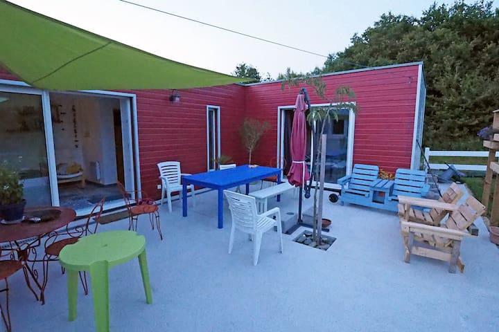 Chambre privée dans maison en bois avec terrasse - Trégunc - Huis