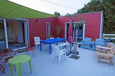 Chambre privée dans maison en bois avec terrasse - Trégunc - Casa