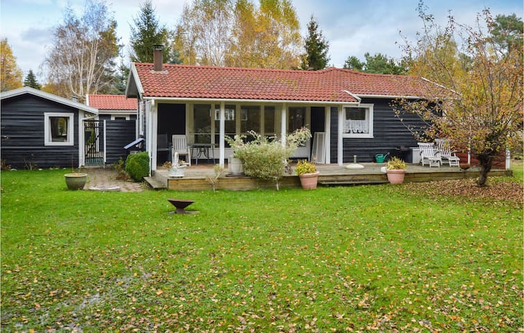 Holiday cottage with 4 bedrooms on 116m² in Højby