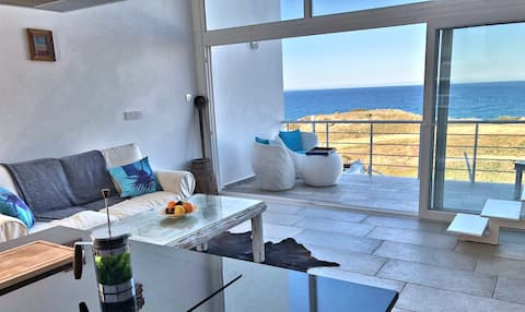 Perfect Couples Getaway with Beautiful Views!
