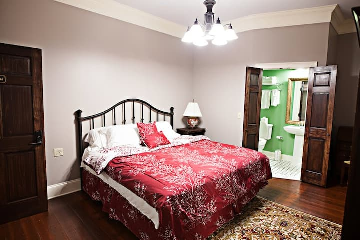 Lofts on the Square - Tullahoma Room