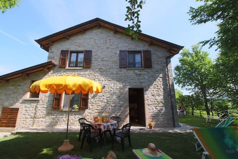 Country house with pool at 700 meters, cycling and walking opportunities