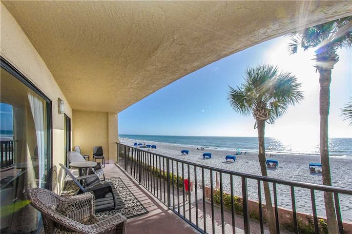 Direct Beach Front Value - Best Rates for Large Families - Spectacular Beach Views! - Free Wifi - #104 Las Brisas Condo