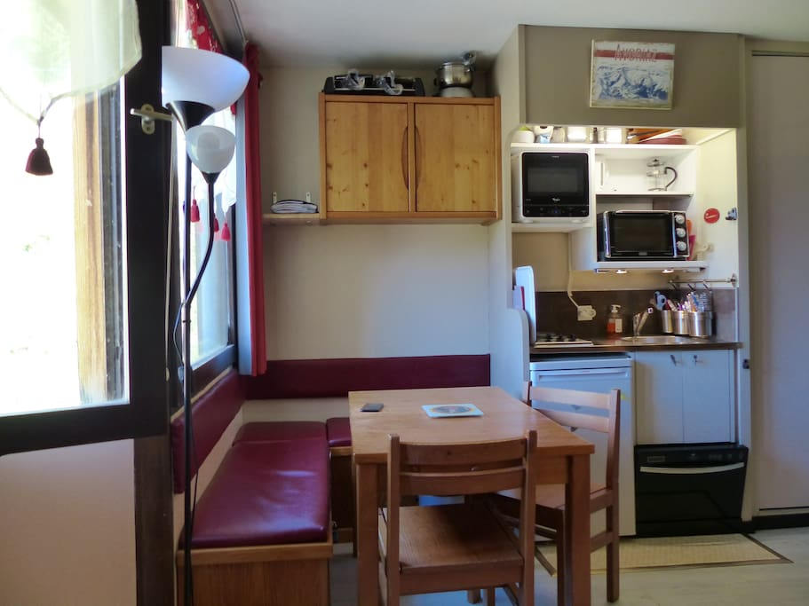 Espace Cuisine et Espace Repas