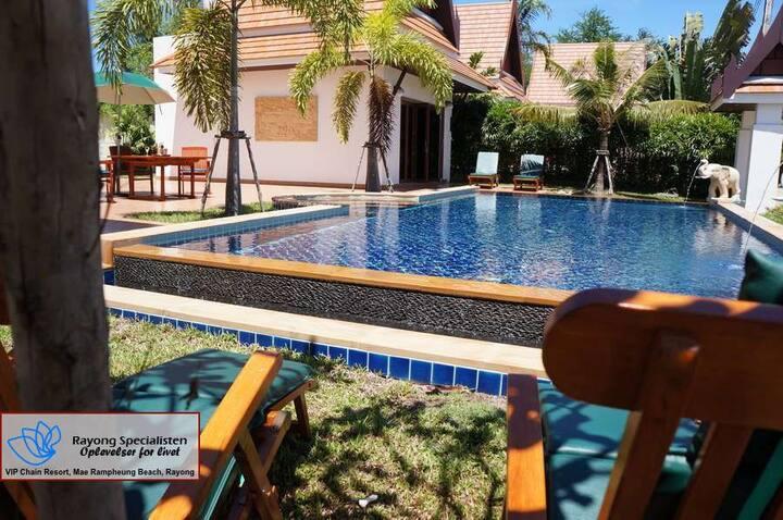 Vacker Villa i Tropisk Oas med egen Pool