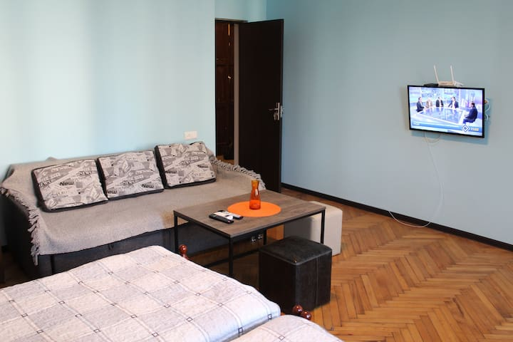 Comfortable Apartment close to Cental Park