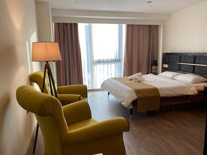 ★Cozy suite in tower near mall of Istanbul.