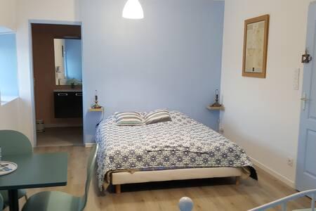 Chambres calmes  et lumineuses pour 4 personnes - Les Essarts - Talo