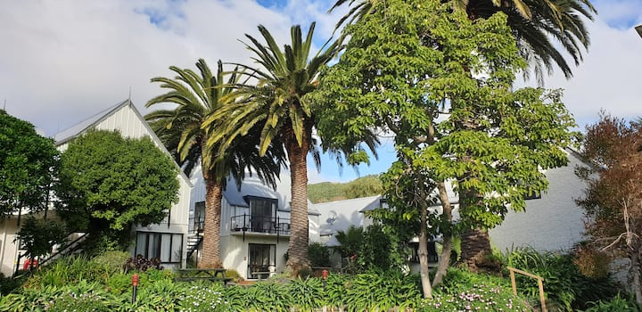 Akaroa's Premier Accommodation Complex #49