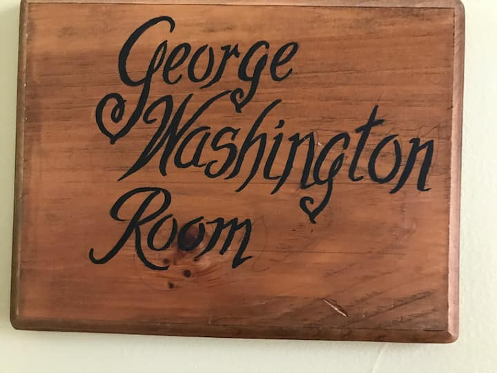 The George Washington Room in the 1840 Bruce House