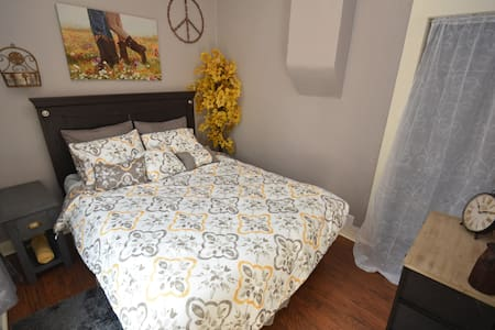 Downtown Manitou Suite - Manitou Springs - Huoneisto