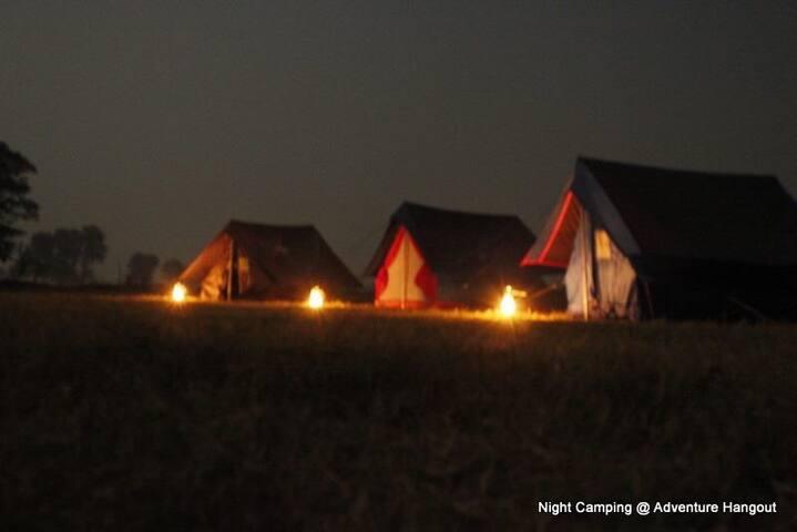 Adventure Village Nomadic Camping - Yamuna expway - Khemah