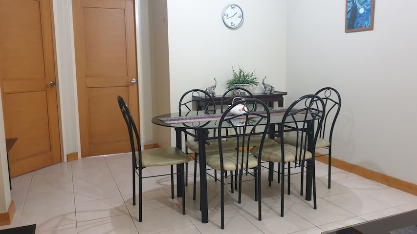 Dining table good for 6 people.