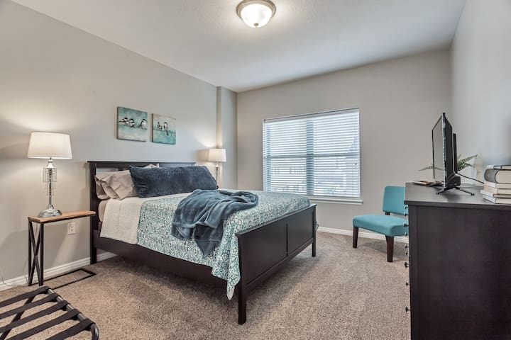 Downtown Salt Lake City Condo - 30 day minimum