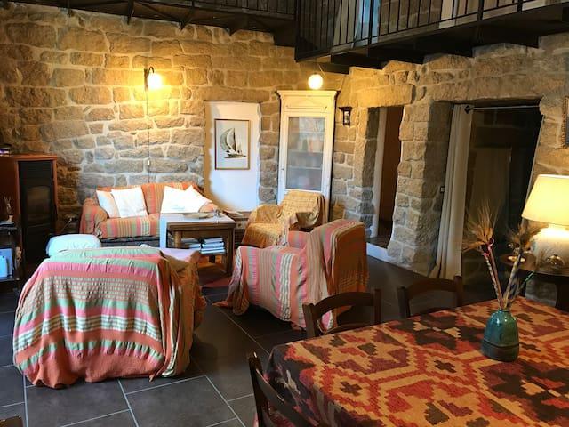 Tipica casa in pietra Gallurese CON WI-FI