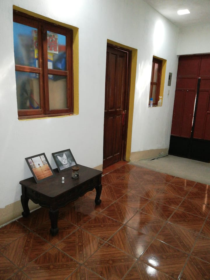 Habitación simple cerca de Antigua