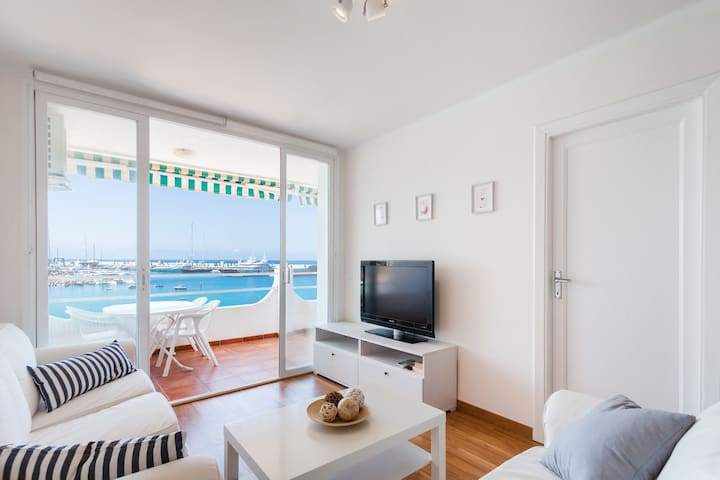Snow-white Sea side Apartment with terrace
