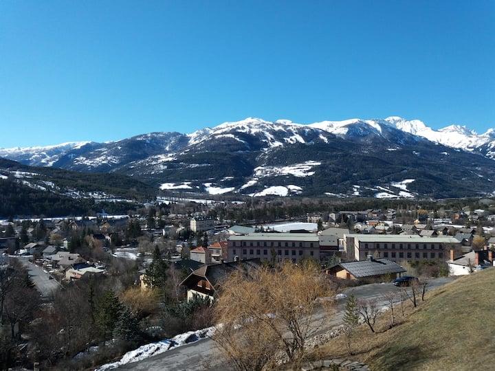Appartement avec une superbe vue sur les montagnes