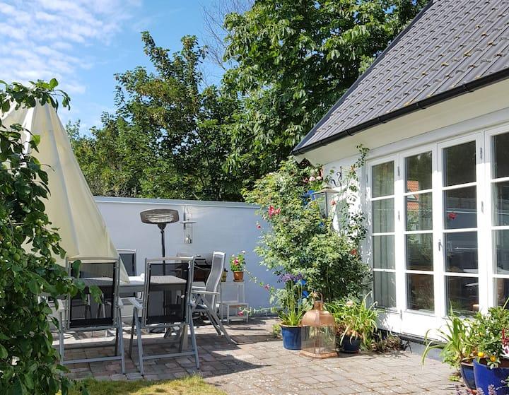 Bo nära havet i Brantevik på Österlen