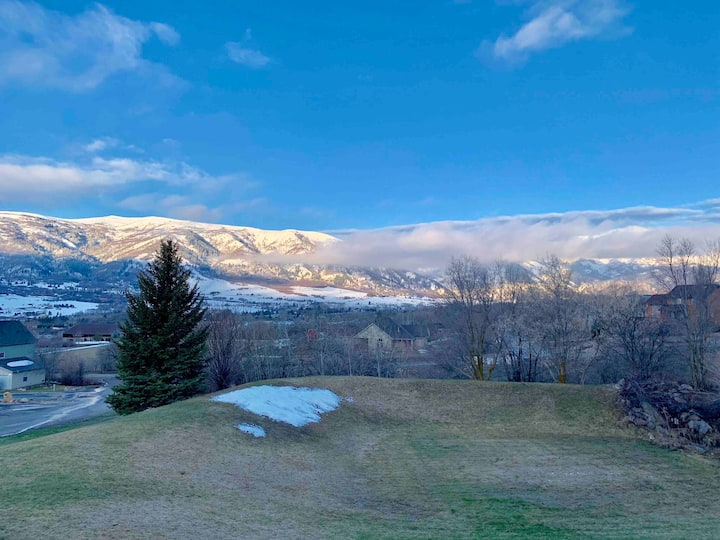 Newly renovated mountain getaway