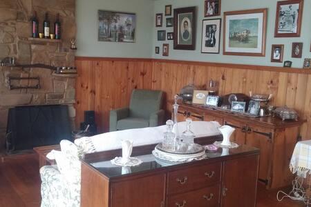 Sage Cottage - Heathcote - Bed & Breakfast