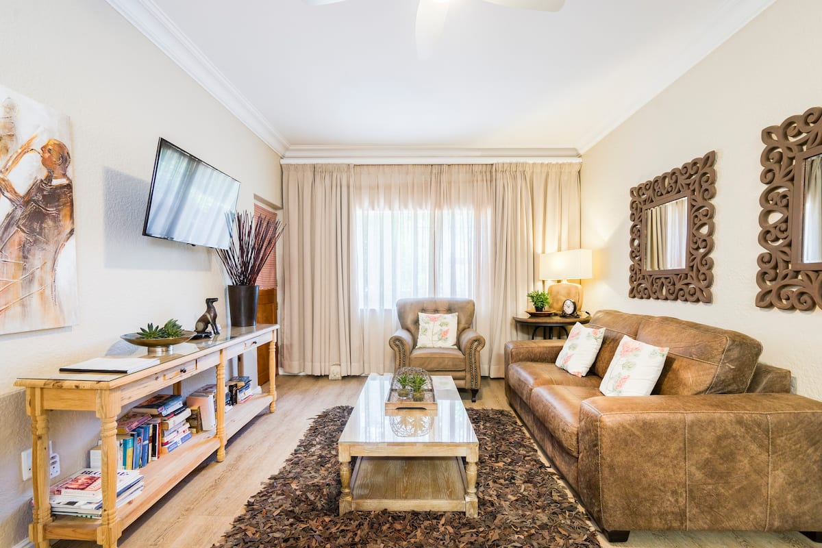 Charming Private Flat in Central Stellenbosch, Avemore