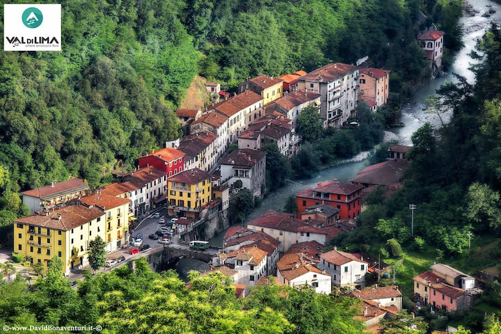 Ad appena 20 km da Lucca e vicino alla Garfagnana