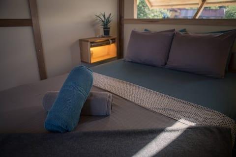 BarrBra Cabina / Double bed / Shared bath.