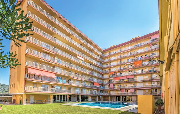 Holiday apartment with 2 bedrooms on 55m² in Malgrat de Mar