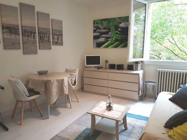 Charmant studio hypercentre Cahors