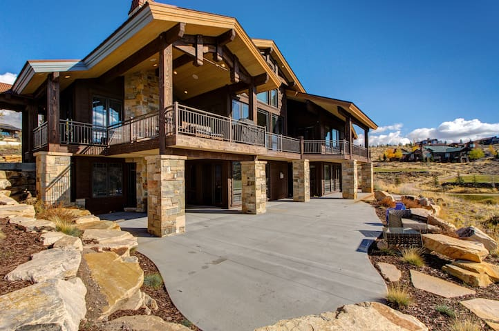 Huge & Luxurious Home in Park City - Park City - Ev