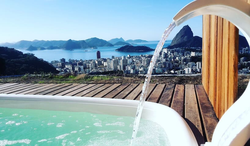 "GREAT VIEW -Guesthouse ""CASA 48""- Santa Teresa  #1 - Rio de Janeiro - Bed & Breakfast"