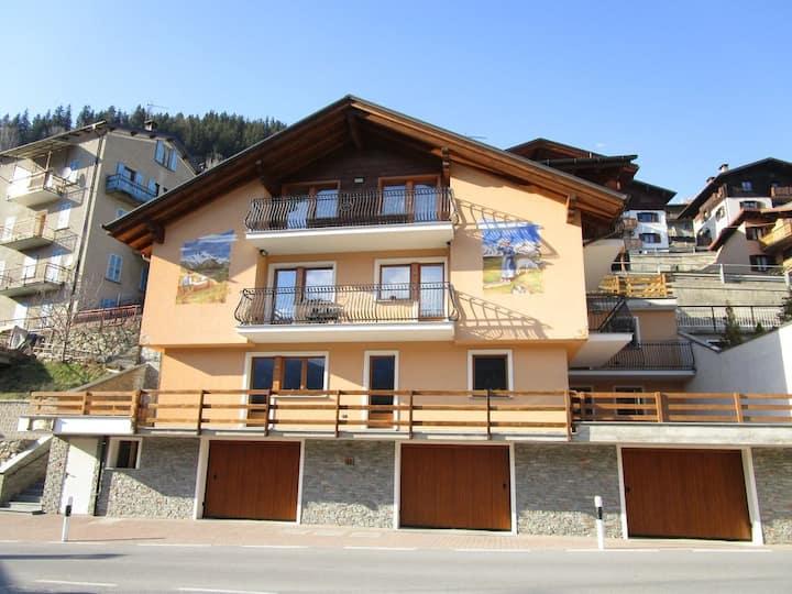 """casa """"Mezzogiorno sulle Alpi"""""""