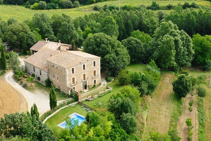 masia con encanto en un entorno privilegiado - Maià de Montcal - Ev